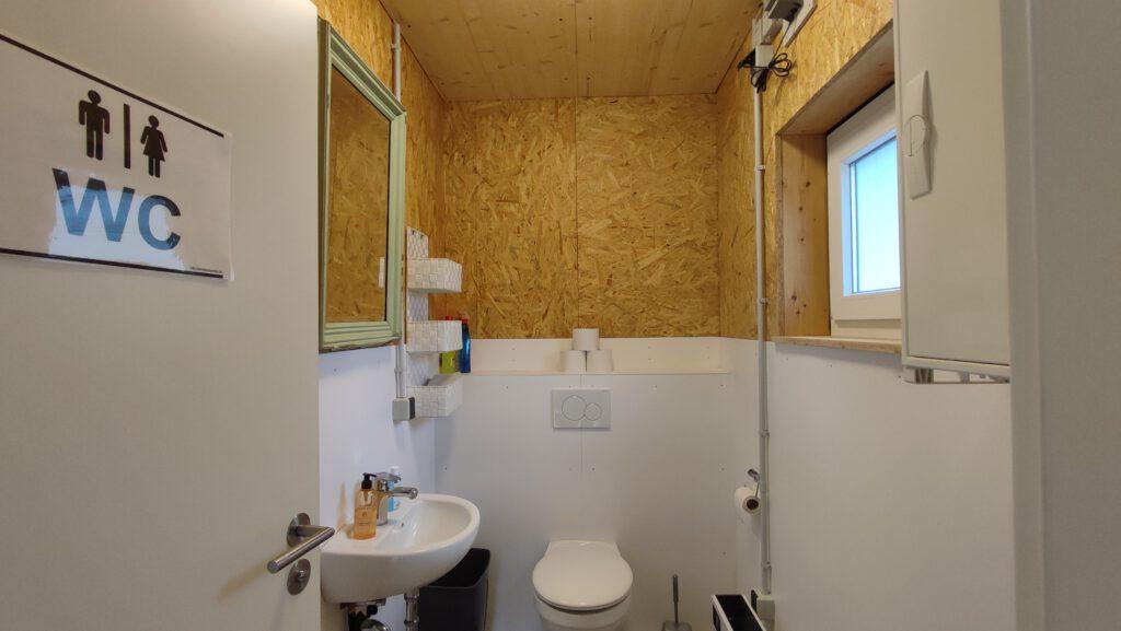 oelehof-akademie stall wc